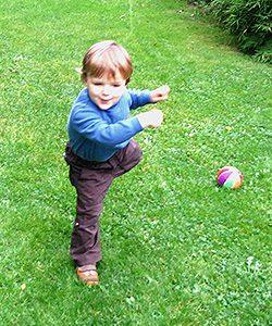 Ballspiele aktivieren Augen Akkomodation